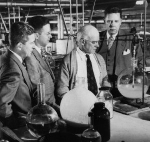 Edward Kendall & Philip Hench in the lab